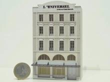 Immeuble fond de décor « L'Universel »  112