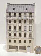 Immeuble fond de décor 6 étages 103